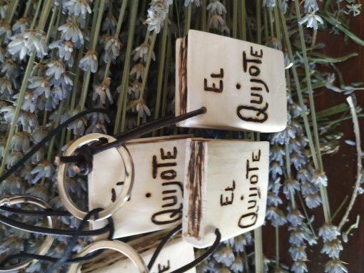 Comprar llaveros artesanales de El Quijote